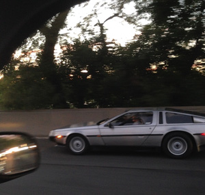 How To Measure Offline ROI: 2015 Holiday Run-Up DeLorean-sighted-in-NYC-11
